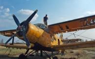 Antonov An-2-es típusú, egymotoros repülőgép