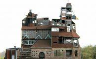 Ki ne szeretne egy gyönyörű családi házban élni?