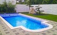 Ahhoz, hogy mindig szép legyen a medence, fontos a karbantartás (fotó: www.azuszodatechnika.hu)